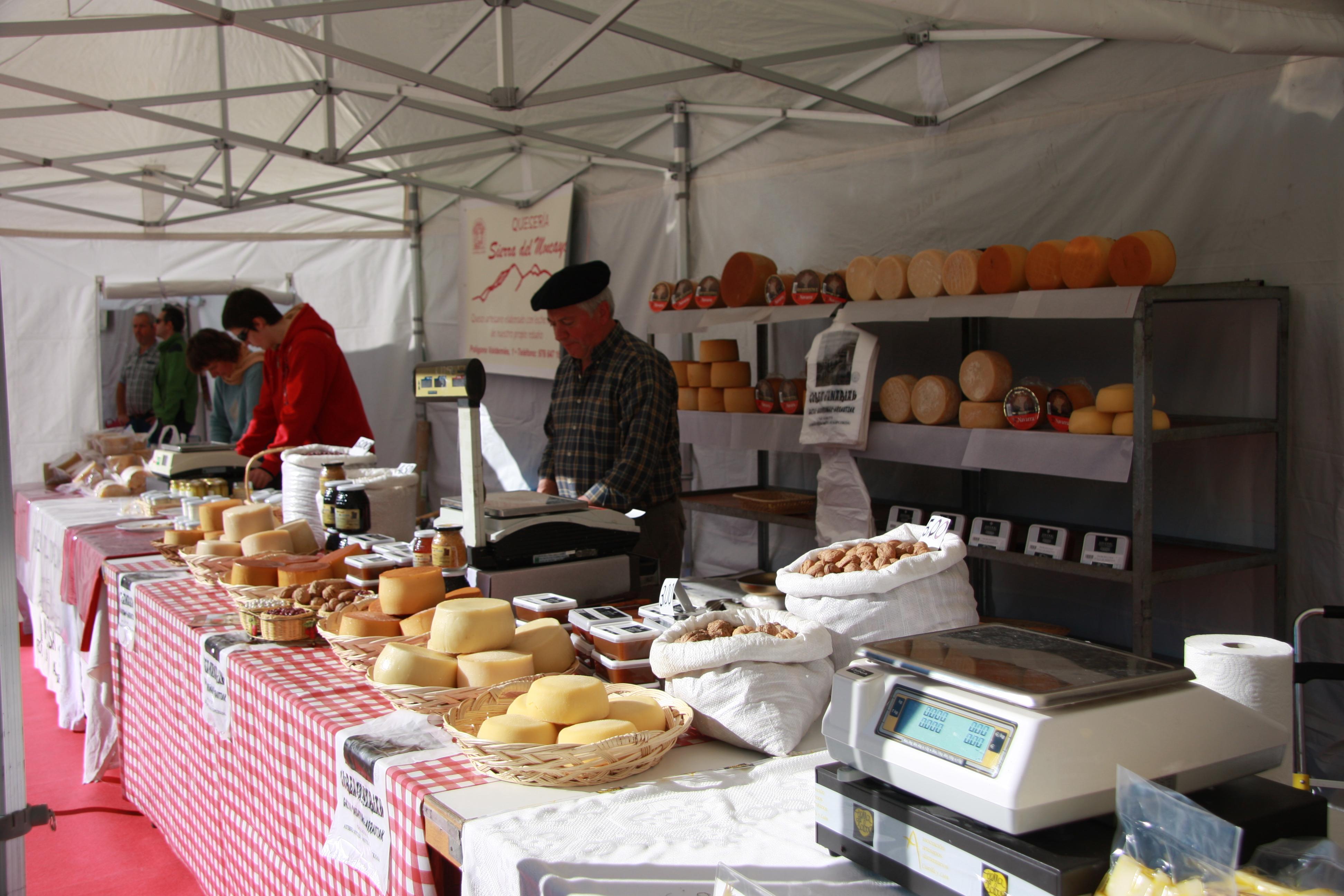 LR_5_11_1_Feria-del-queso-de-munilla1.jpg